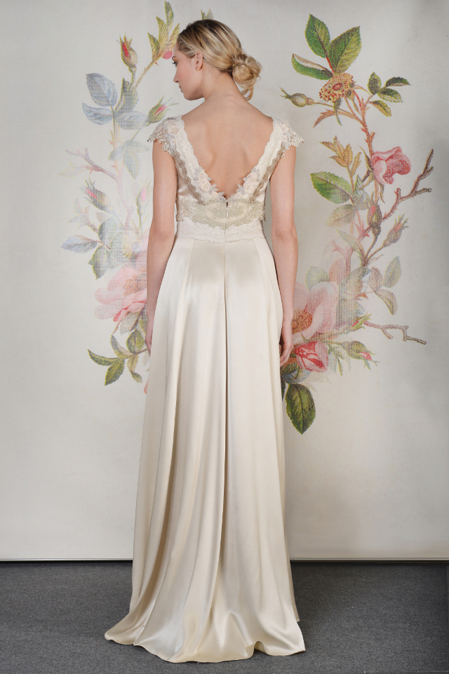 Walking with Cake: Claire Pettibone: Abigail_b_02 by Anton Oparin