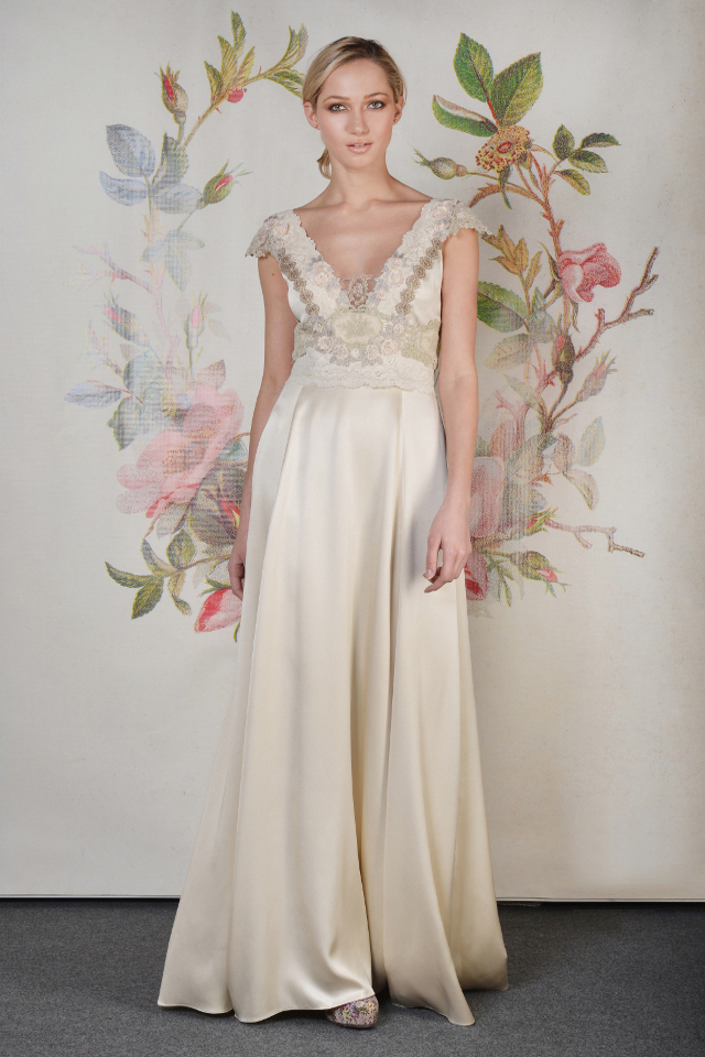 Walking with Cake: Claire Pettibone: Abigail_f_01 by Anton Oparin