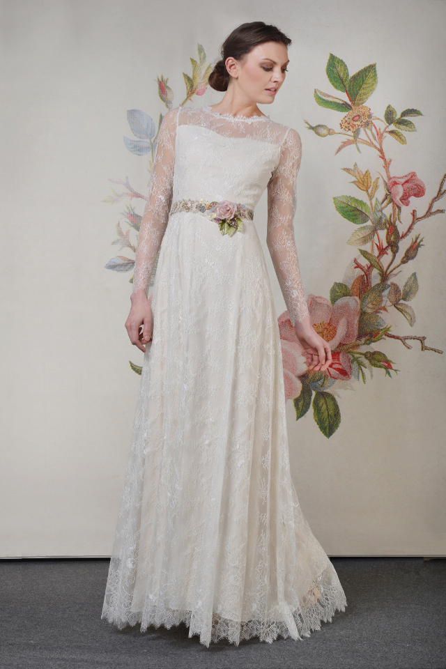 Walking with Cake: Claire Pettibone: Charlotte_f_02 by Anton Oparin