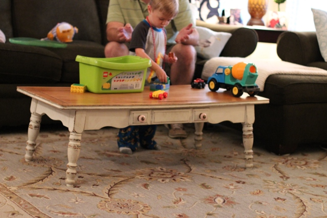 Walking with Cake: New coffee table