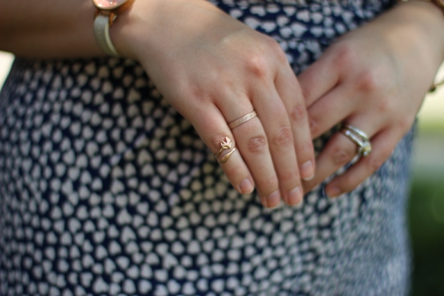Walking with Cake: Fox Knuckle Ring