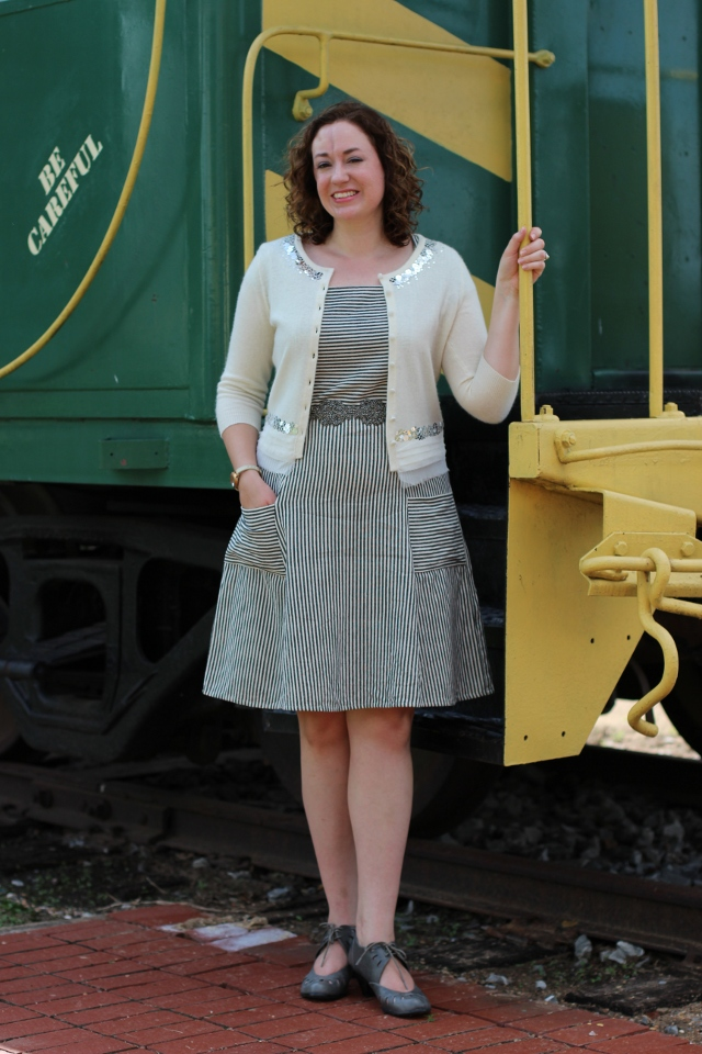 Walking with Cake: Savannah Smile Dress styled for Fall