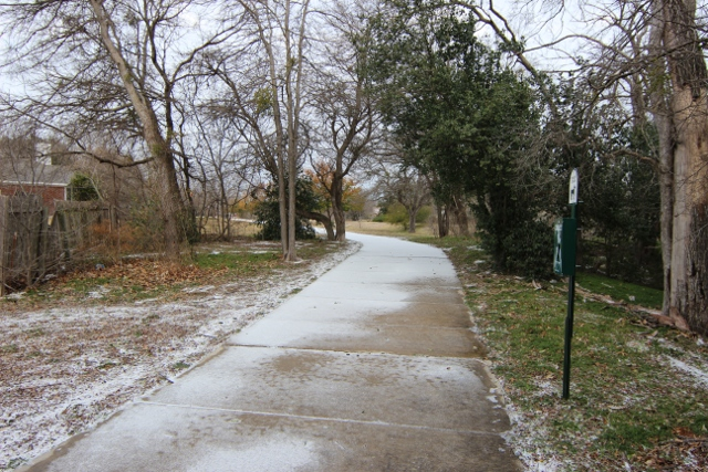 Walking with Cake: Snow on walking trail