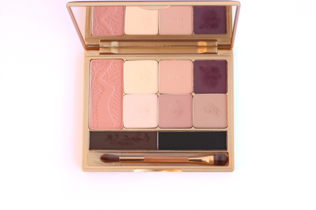 Walking with Cake: TARTE Be MATTnificent Matte Palette