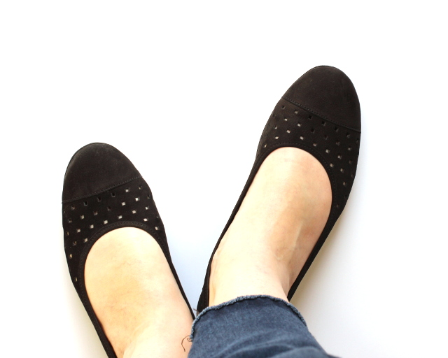 Walking with Cake: Black flats by Gabor