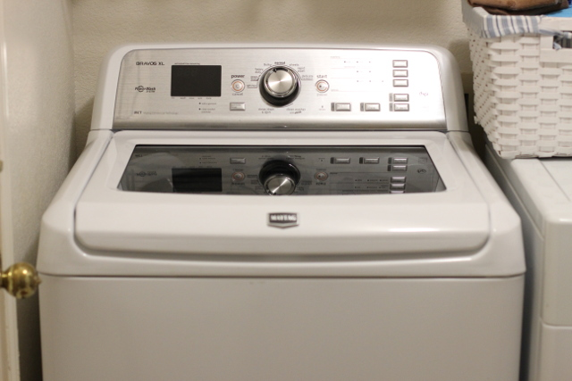 Walking with Cake: Maytag Bravos XL Washing Machine