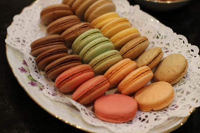 Walking with Cake: Macarons by La Pâtisserie